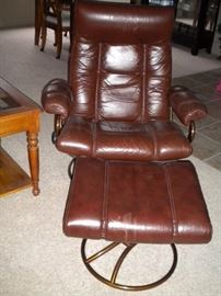 MCM/Vintage leather reclining chair and ottoman,  Ekornes-Stressless-Reno-Recliner-Chair-And-Ottoman
