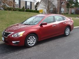 2013 Nissan Altima S  59xxx miles, very well cared for .