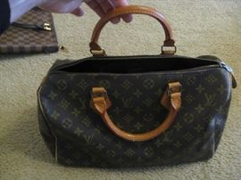 Mock - Louis Vuitton large purse