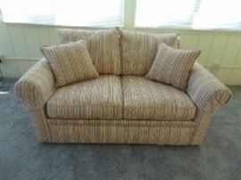 Very nice fabric love seat