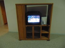 Oak Entertainment cabinet plus Sylvania TV/VCR combo