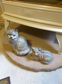 Cast iron cats