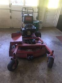 Professional grade mower (TORO)