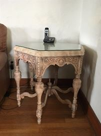 very pretty ornate side table with glass top cut to size
