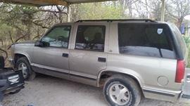 1999 Yukon. 130K miles, Runs Great, needs Minor repairs $2100.00