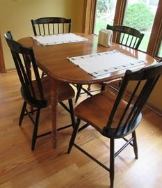 DINETTE TABLE AND 4 PAINTED CHAIRS