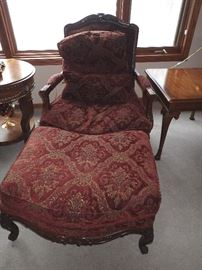 OVERSIZE ORNATE SIDE CHAIR WITH OTTOMAN /CARVED LEGS & PILLOW