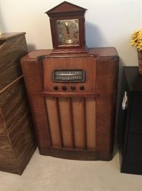 Old radio - turns on but clock is glued to,top