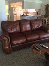 Amazing leather 3 seater
