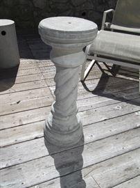 Decorative concrete garden pillar