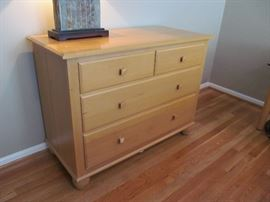 Ethan Allen American Dimensions maple dresser