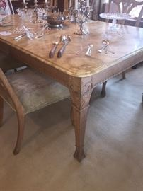 Dining room table and 6 chairs, with multiple leaves and pads