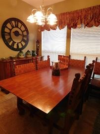 Rustic sstyle dining table w/ 6 leather chairs