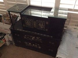Chinese inlaid dresser Vintage - lacquer