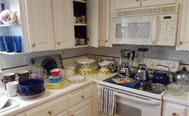 Vintage Kitchen pyrex, Blenders and more