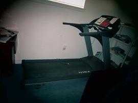 High End True Treadmill