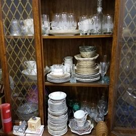 Whole sets of vintage china