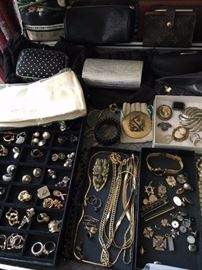 Full Jewelry Case