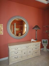 Bernhardt Triple dresser,  Very large Round mirror(picture looks small)