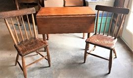 Owner says this table and 4 chairs traveled to Kansas from Texas via wagon train.