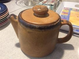 McCoy Canyon teapot