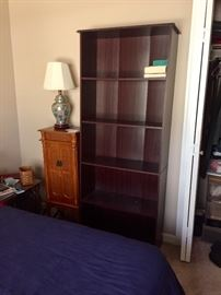 Bookcases accent table