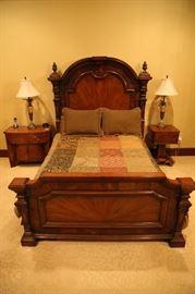 Henredon queen bed. (3 piece set)