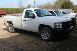 8 - 2013 Chevorlet Silverado work truck with short sheel base, white 2ith cloth interior, one owner, 42,931 miles