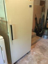 upright freezer seems to work  fine