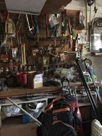 tools and lots of hh items