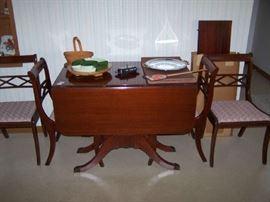 MAHOGANY TABLE/ CHAIRS & SMALLS