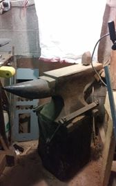 Anvil 300 pound from Allis Chalmers LaPorte Indiana