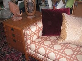 Sen wood lamp table with drawers