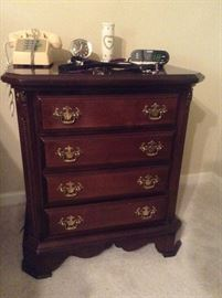 Night Stand GREAT condition!!!