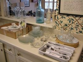 Large set Villeroy and Boch Botanical,nice newer stainless flatware , vintage glass bottles , casserole dishes