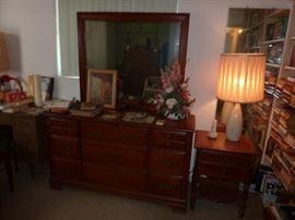 Carolina Hardwood Dresser with Mirror