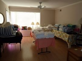 Lots and Lots of linens,towels,beach towels,blankets all washed and priced to sell.