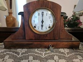 Gorgeous F.N. Welch mantle clock - works!