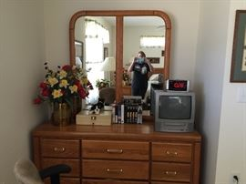 This dresser is part of a queen set with two nightstand, headboad
