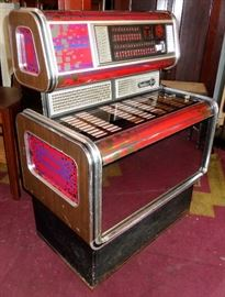 WURLITZER X 7 COIN OPERATED JUKEBOX WORKS 45 VINYL RECORDS