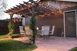 Nearly New Patio Set - Table/Six Chairs