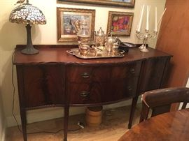 Mahogany side board / buffet with locking cupboards