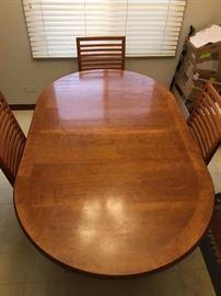Skovby Kirsebaer Table