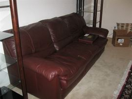 Leather Sofa with Loveseat in Excellent shape. Very clean, no smoking home, no tears and ready to sell.