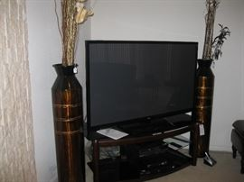 Wood and glass TV stand that fits a 60 inch tv