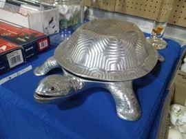 Arthur Court Turtle Turine
