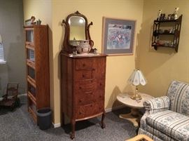 maple bureau Great Antique Condition
