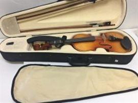 Cecilio Violin with Case