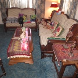Bennington Pine Living Room