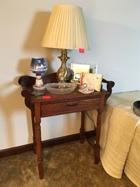 Small wash stand, lamp